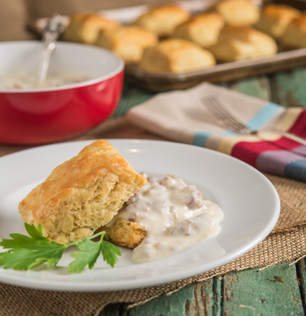 Buttermilk Biscuits and Sausage Gravy | Southern Boy Dishes