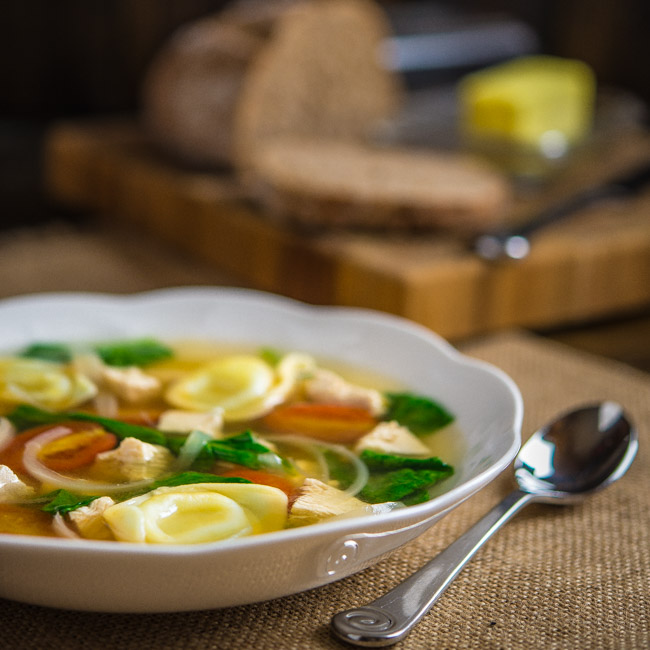 Tortelloni Soup with Chicken and Spinach
